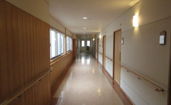 居室に続く廊下です。