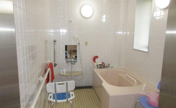 施設の個浴になります。
