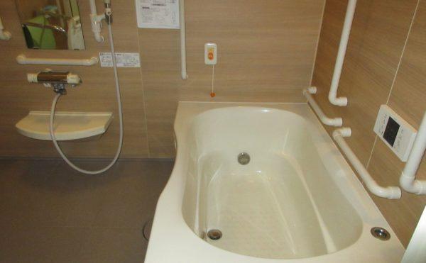 お風呂は個浴タイプです