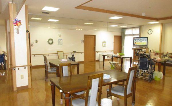 共同スペースではお食事やレクリエーションを行います。