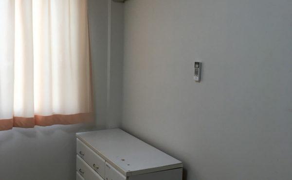 収納家具も初めから付いています。