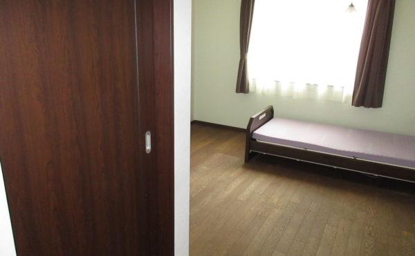 居室は木をふんだんに使っていて、非常に明るい印象です♪