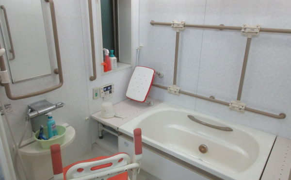 一般浴。自立の方が利用の場合は1回150円(見守りあり)