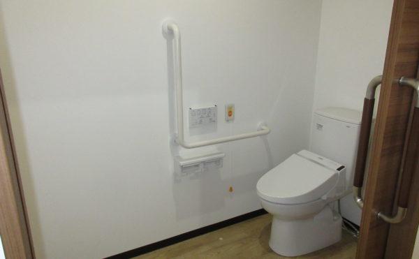 トイレも非常にきれいで、広いです。