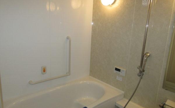 お風呂には個浴のタイプもあります