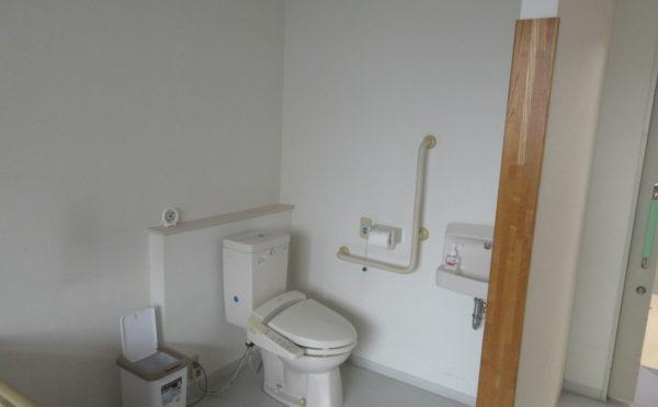 居室にもトイレが付いています