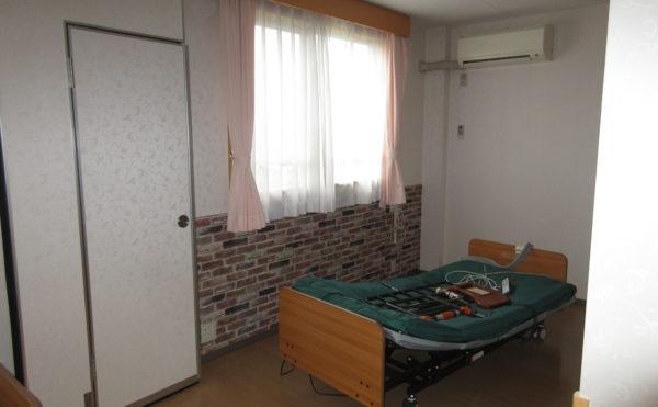寝具・シーツも無料となっており、1週間に1度の交換あり。シーツのクリーニングは1500円/月