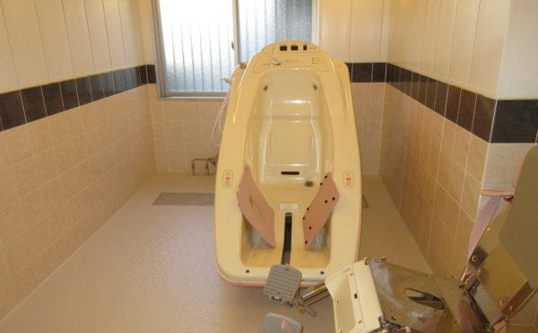 機械浴も設置していますので、座位さえ保持できればお使いいただけます。