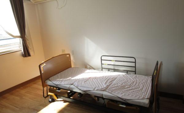居室のベッド