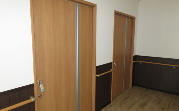 居室のドア