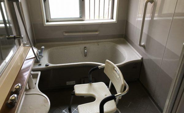 お風呂の設備は一般浴のみとなります。