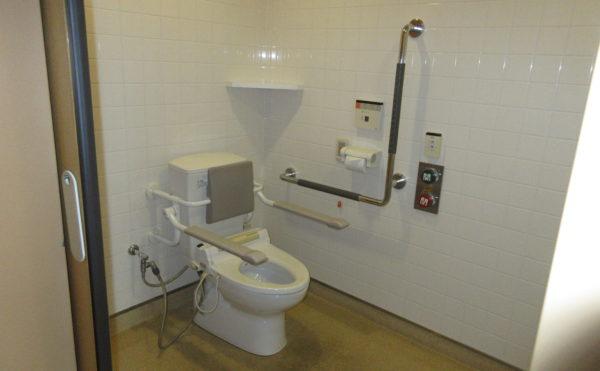 トイレは共有です