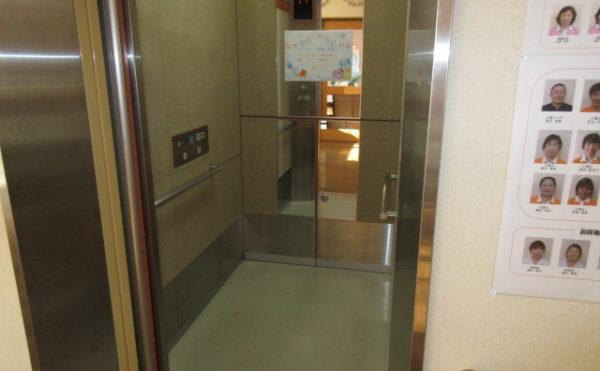 施設エレベーター
