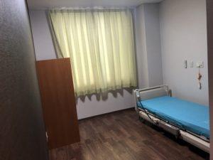 岡山市中区今在家に移転オープンした老人保健施設恵風苑の個室写真