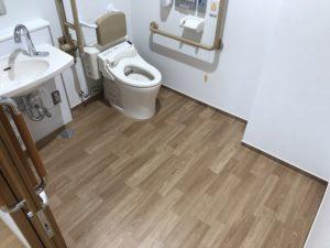 岡山市中区今在家に移転オープンした老人保健施設恵風苑のトイレ写真