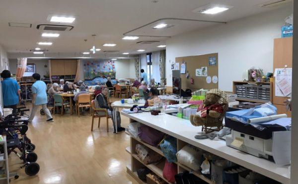 施設内に併設でデイサービスもあります