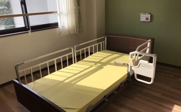 眠りスキャン(安心な見守りシステム)が全ベットについています。